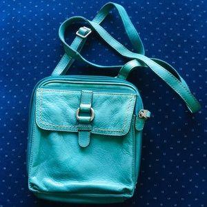 Fossil vintage crossbody leather purse!
